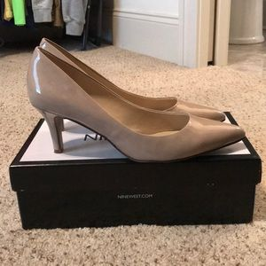 🍂🍂Nine West Evermoreo Patent Heels